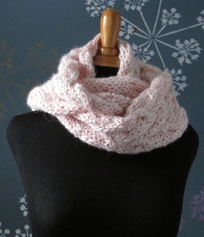Wrap this cowl twice to to warm your neck.