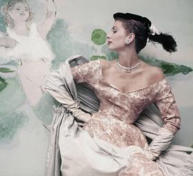 Balenciaga_1953_Vogue